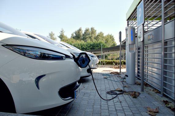 Filière automobile : la Région doit tout mettre en œuvre pour accompagner la transition du secteur et soutenir l'électrique